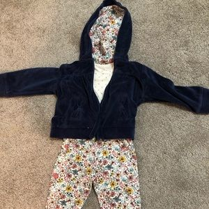 Three piece 12m girls outfit
